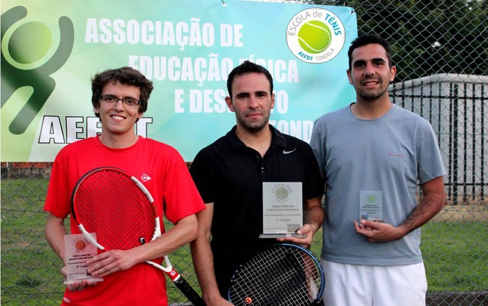 Vencedores do Torneio: Gonçalo Cunha, Tiago Veloso e  Pedro Fernandes. Foto: AEFDT.