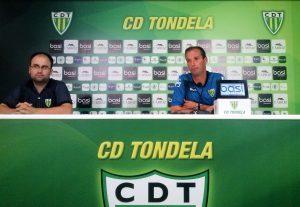 Conferência de imprensa.